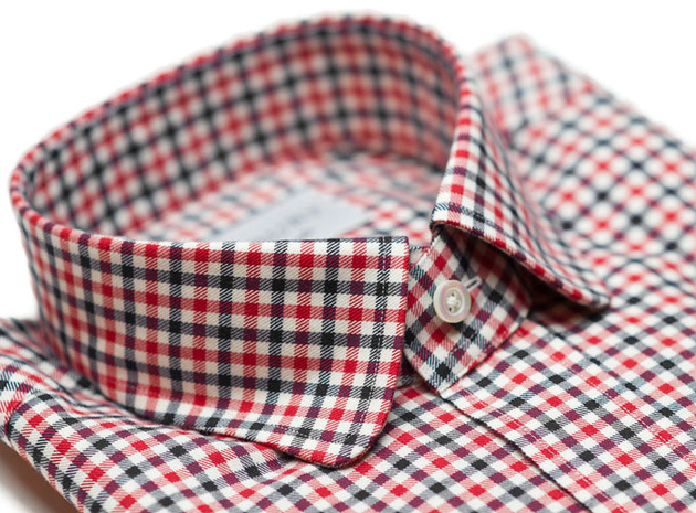 The Red and Black Roosevelt Slim Fit collar
