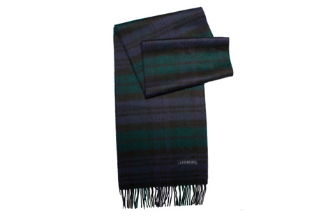 The Logan Blackwatch Cashmere Scarf modelcrop